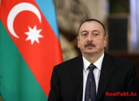 Prezident Xüdafərin körpüsündə bayrağımızın qaldırılması münasibətilə Elçin Quliyevi təbrik etdi